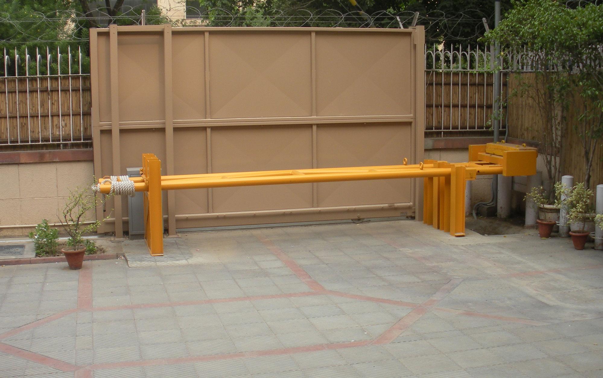 Cedar Gate 3